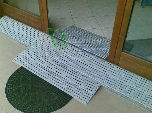 Rampa fai da te excellent system per il superamento di - Scale in legno fai da te ...